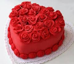 1 kg heart cake with roses