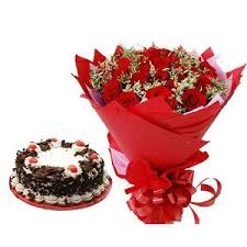 12 red roses red wrapping 1/2 kg chocolate cake